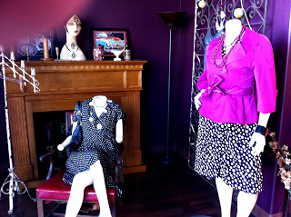 Two Accomplishments: Opening A Consignment Shop Story and Links a la Mode!!