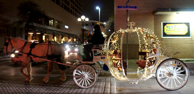 San Antonio: In All Its Christmas Glory!