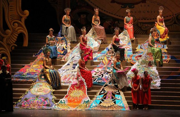 Fashion Fun With Fiesta Continues Plus The Royal Court