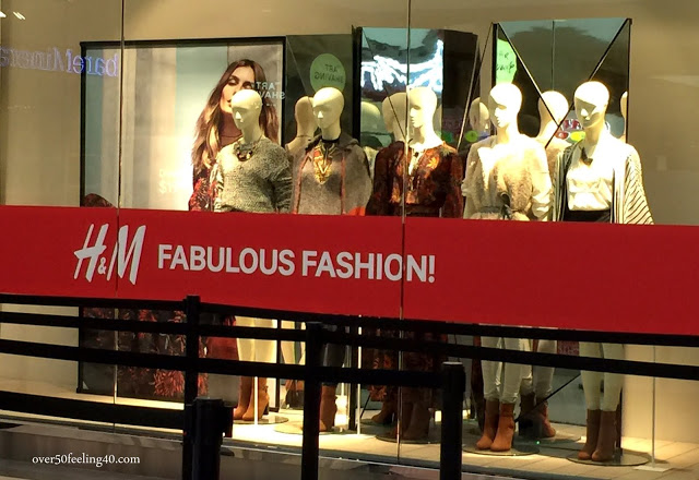 H & M Opens at North Star Mall: Press Preview