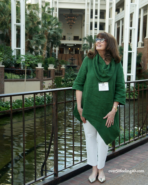 What to Wear to a Blogging Conference
