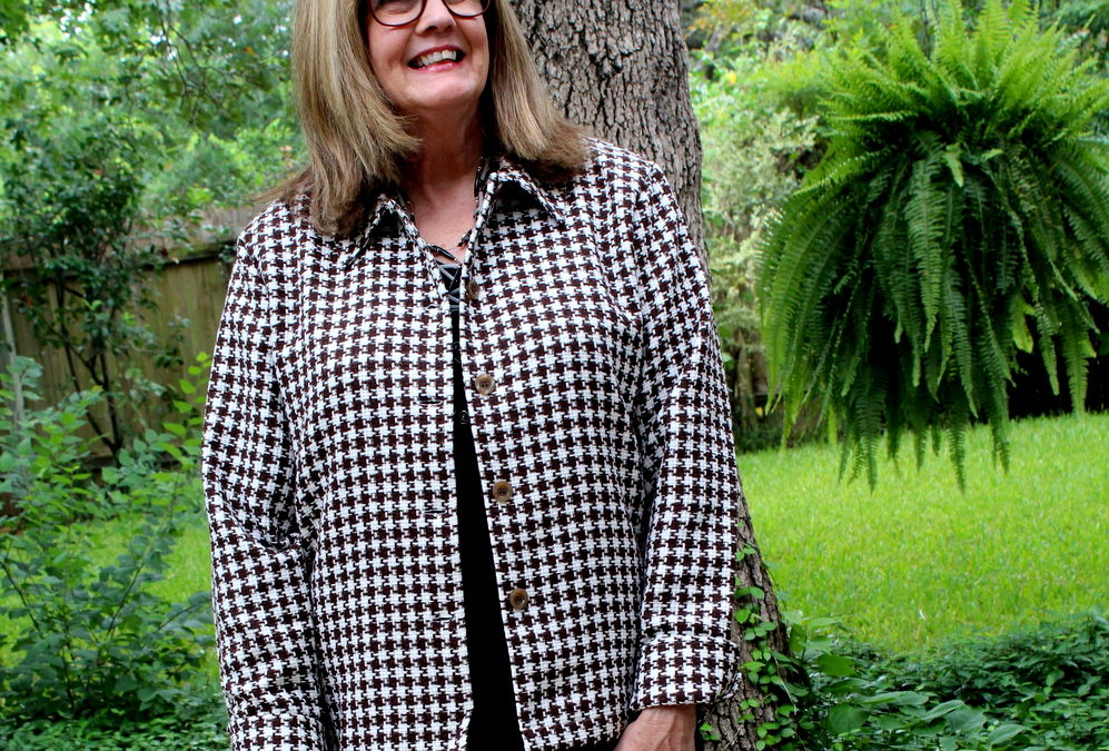 Fashion Over 50: The Classic Style of Houndstooth