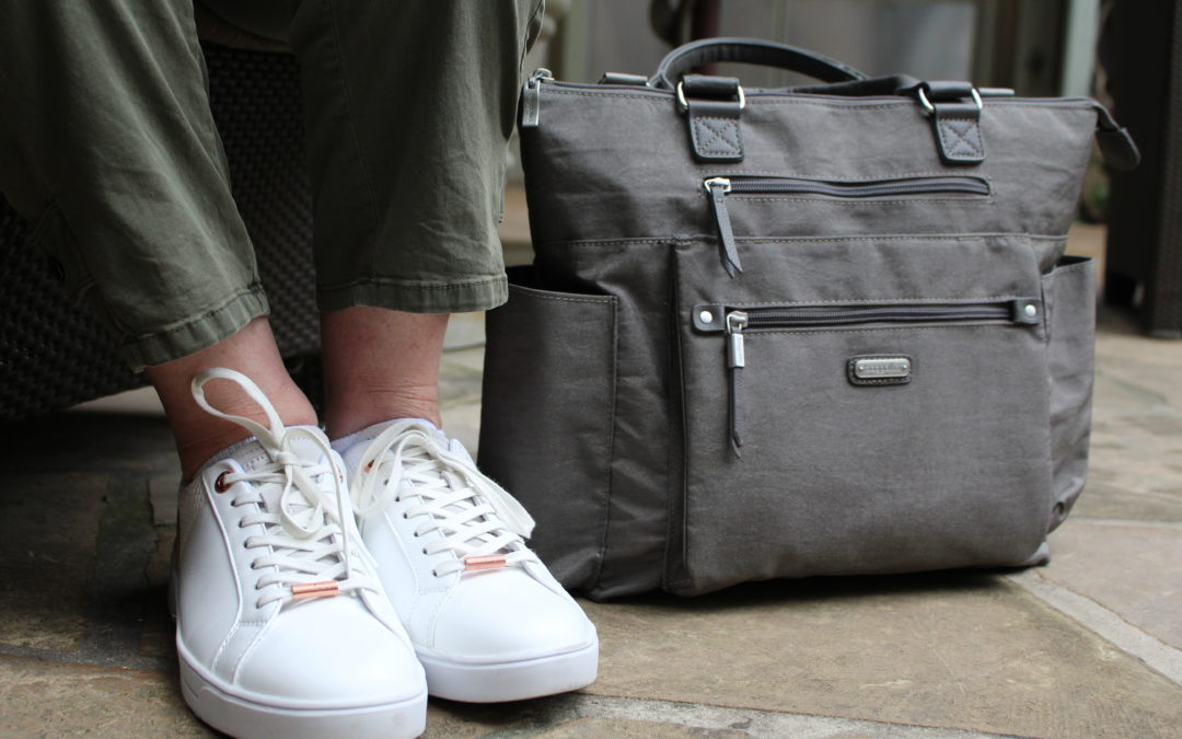 meet baggallini: the perfect get away travel bags