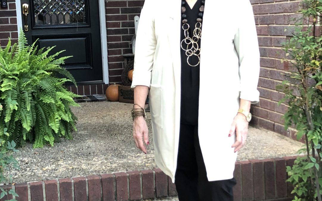 Style Tips for Wearing Black, Brown & Confidence: Look #3