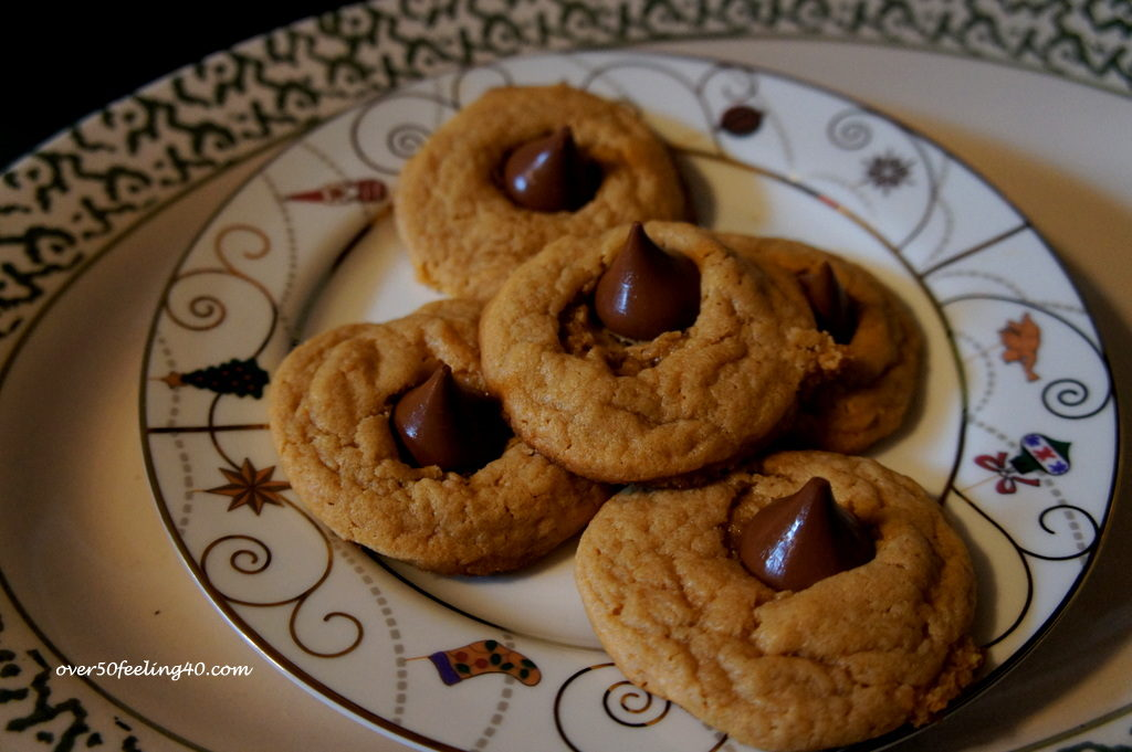 Pamela Lutrell writes about what to take to a Christmas Cookie Exchange