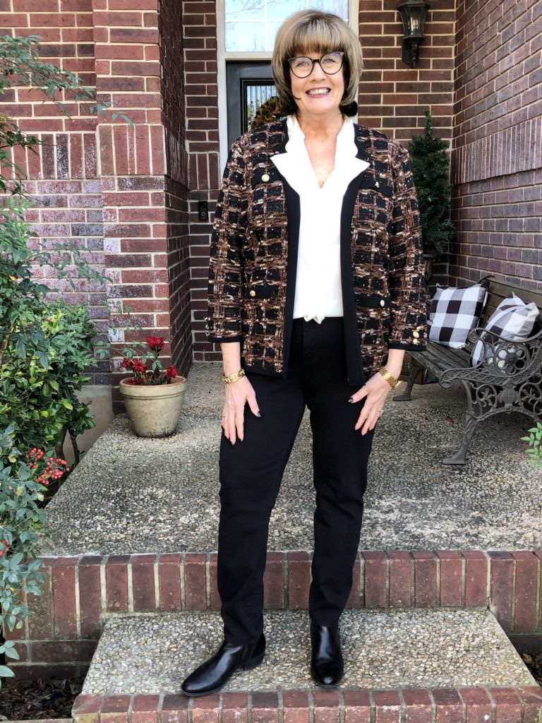 Pamela Lutrell discusses shirt tucked in