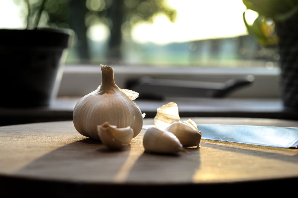 Pamela Lutrell reports that garlic is health for the liver