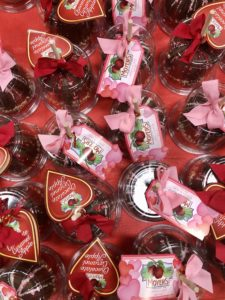 Pamela Lutrell shops Valentine's treats