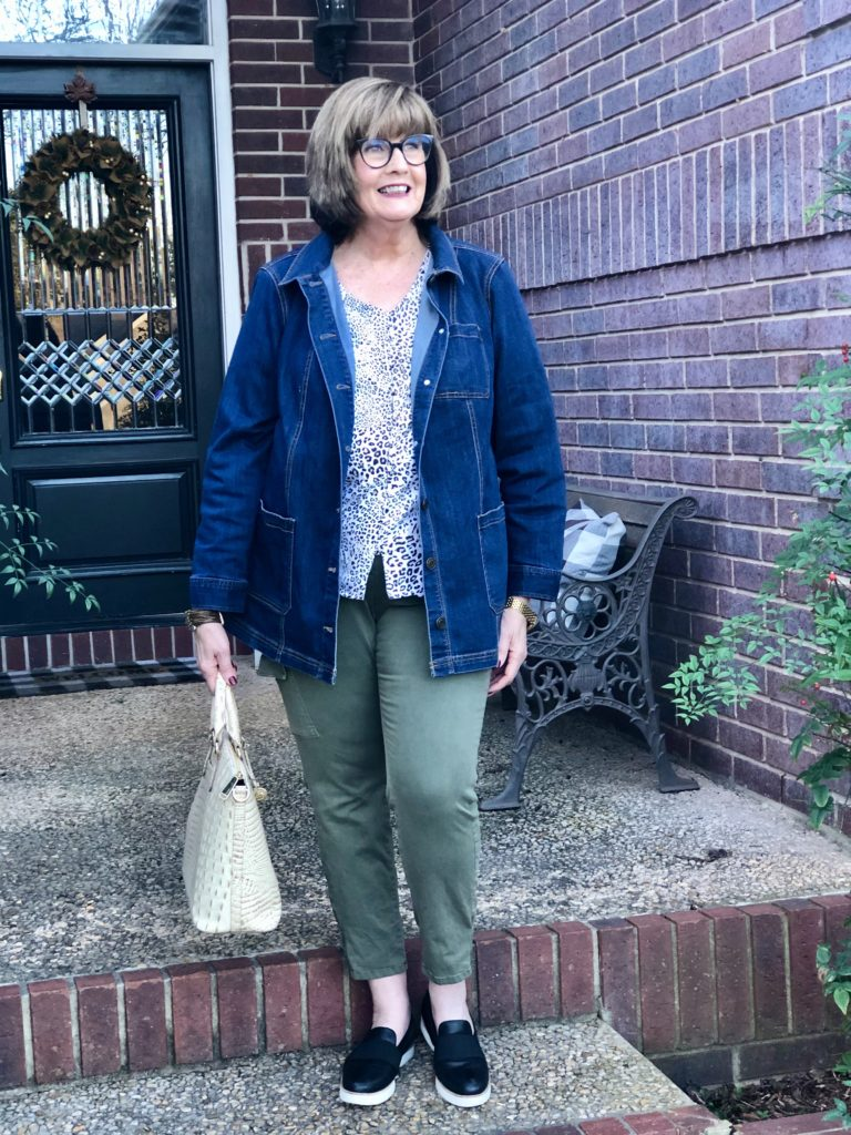 Pamela Lutrell with What Should I Wear
