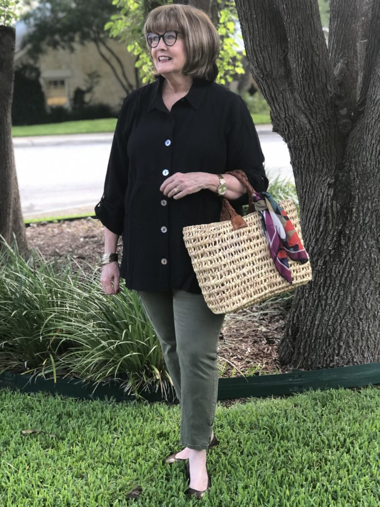Styling a Soft Surroundings black tunic for summer on Over 50 Feeling 40