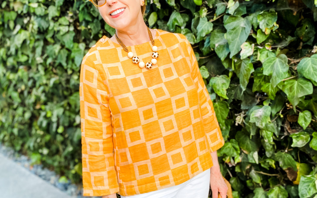 Everyday Elegance Over 50: Meet an elegant woman with courage
