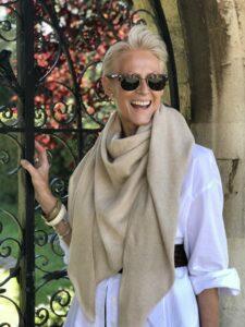 Pamela Lutrell introduces Catherine Robinson's elegance
