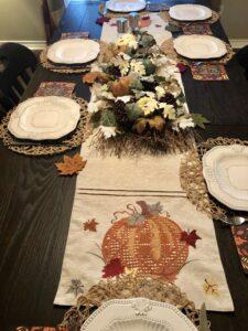 Thanksgiving Table Decor on Over 50 Feeling 40