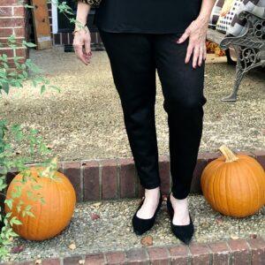 Pamela Lutrell in snake print leggings
