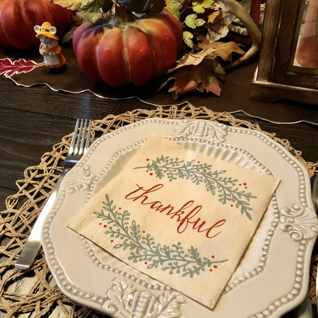Thanksgiving table decor on Over 50 Feeling 40