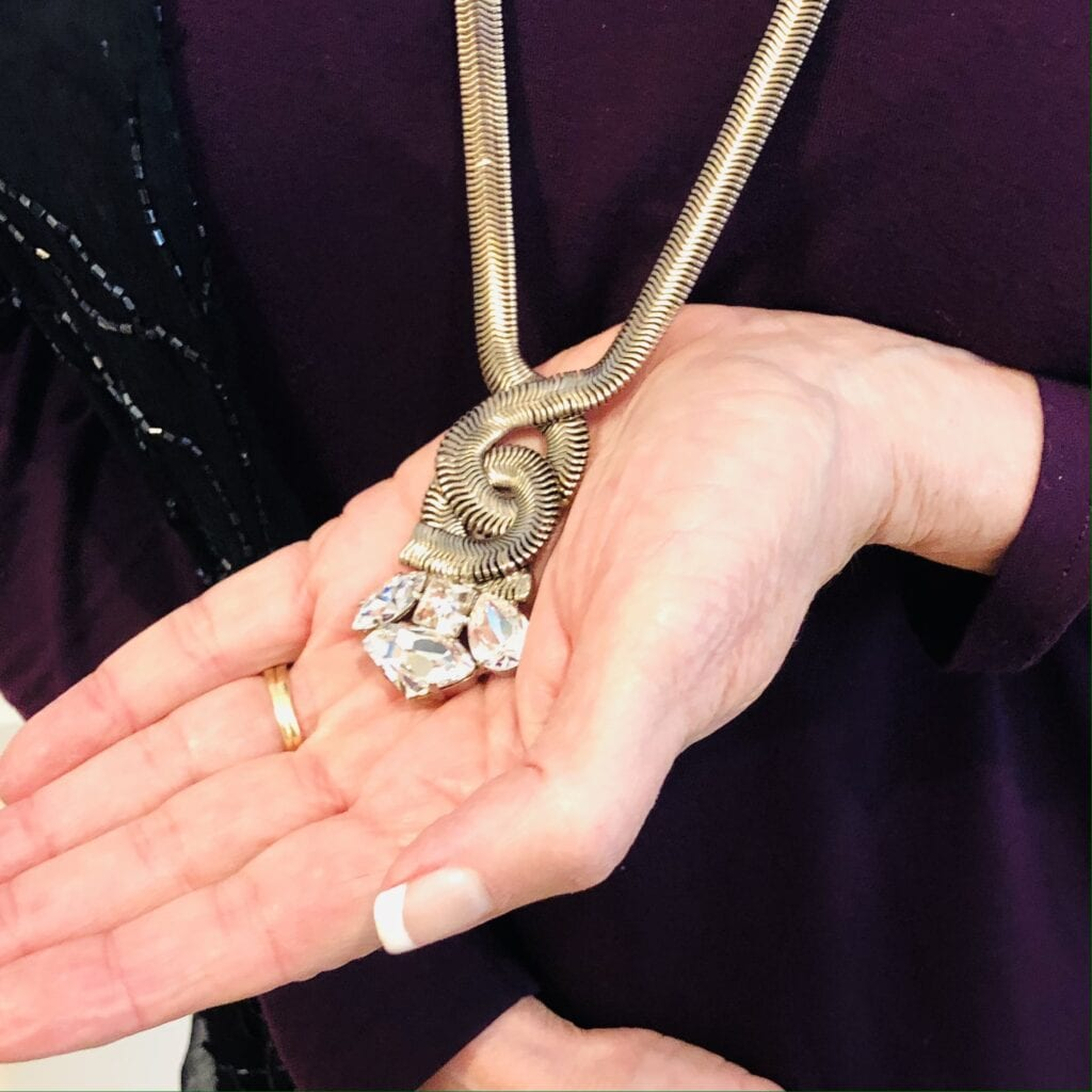 Sorrelli Necklace worn by Pamela Lutrell